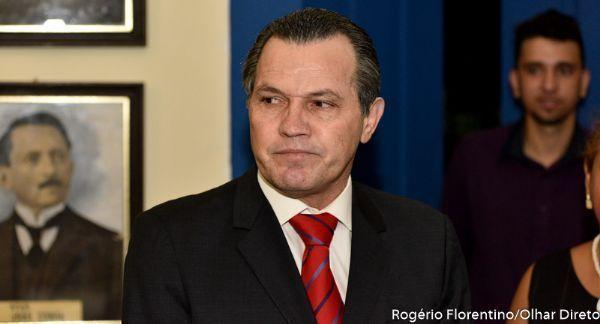 Silval afirma em delação que pagou mensalinho para Emanuel e deputados e registrou em vídeo