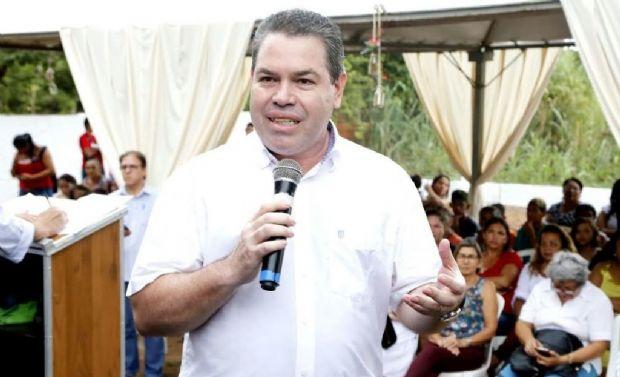 Silvio Fidélis enfatiza determinação da prefeita Lucimar Campos, por melhoria no ensino, na rede municipal