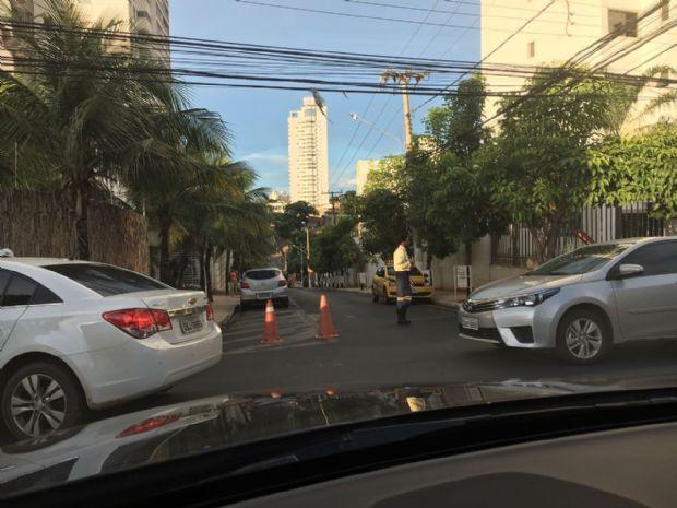 Quem escolheu a via da região Oeste de Cuiabá, teve de enfrentar congestionamento, com paciência