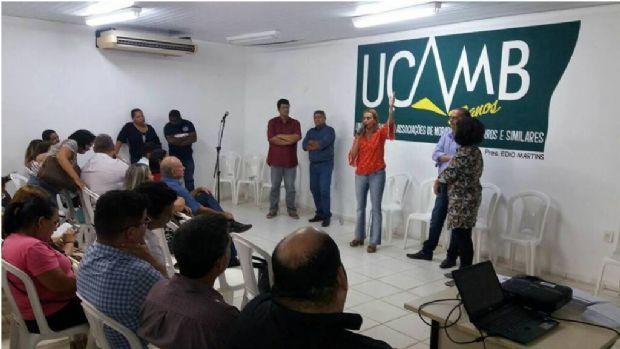 Debate aconteceu no auditório da UCAMB, com manifestação pró implantação da