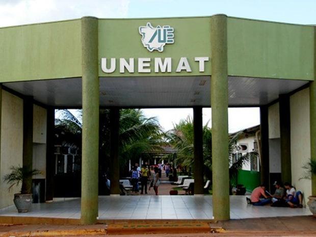 Unemat abre seletivo para 102 vagas e oferta salários de até R$ 20 mil