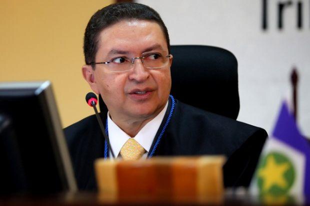 Afastado, Valter Albano diz que tem 45 anos de vida pública sem processos e que confia na Justiça