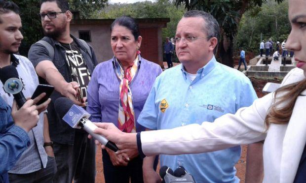 Pedro Taques vistoria obras da Salgadeira e da nova central de captação de águas em Chapada