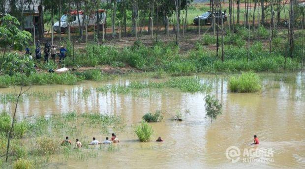 Duas crianças morrem afogadas quando brincavam em lagoa — MT
