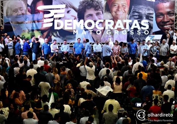"""""""Gratidão não tem prazo de validade e diálogo é saudável"""", desabafa Leitão sobre conversa com DEM"""