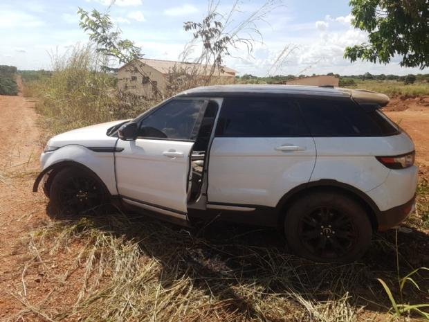 BMW e Range Rover roubadas da casa de Valdívia em MT são recuperadas