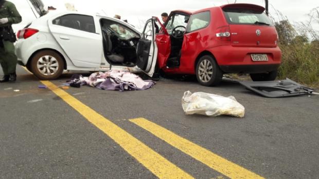 Identificadas vítimas de acidente que deixou dois mortos na Estrada da Guia;  fotos