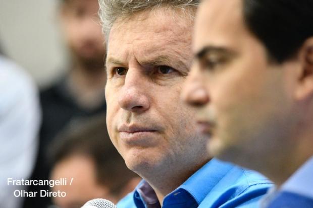 Mauro diz que Taques gasta R$ 70 milhões com jatinho e não pode jogar culpa na crise