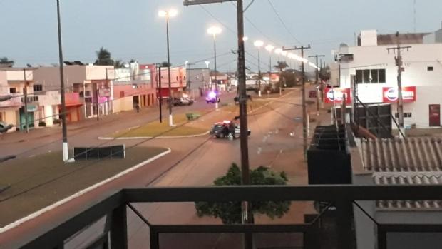 Polícia busca criminosos que tentaram assaltar Banco do Brasil; sete ainda podem estar em agência