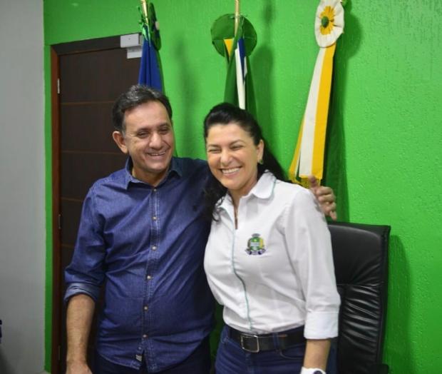 Filiada ao PR, prefeita de Sinop anuncia apoio e pede votos para Nilson Leitão