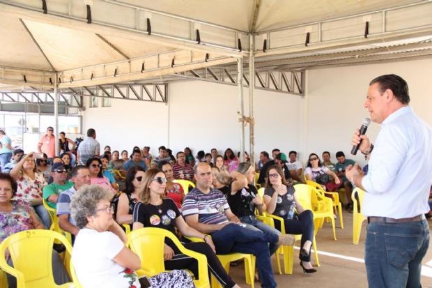 Rodando o interior, Carlos Fávaro ganha apoio de prefeitos de chapas adversárias