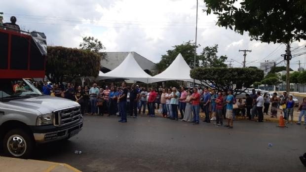 Servidores protestam por RGA e prometem 'cruzar os braços' se parcelas não forem pagas