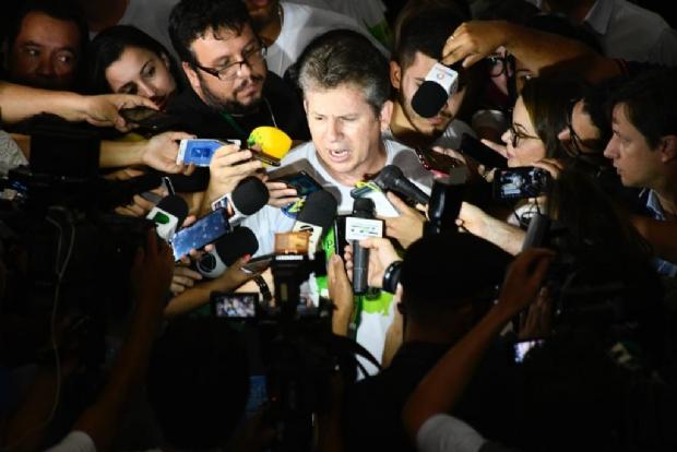De aliado a algoz: Mendes é eleito governador em primeiro turno e impõe dura derrota a Taques