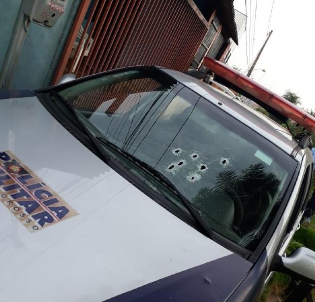 Criminoso morre em troca de tiros com a PM após fazer 'limpa' em casa e roubar Hilux