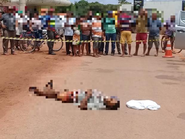 Usuário de drogas é assassinado a tiros por dupla em motocicleta