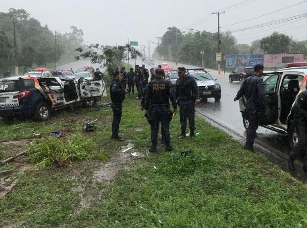Apesar de susto, militares que capotaram viatura durante chuva saíram ilesos
