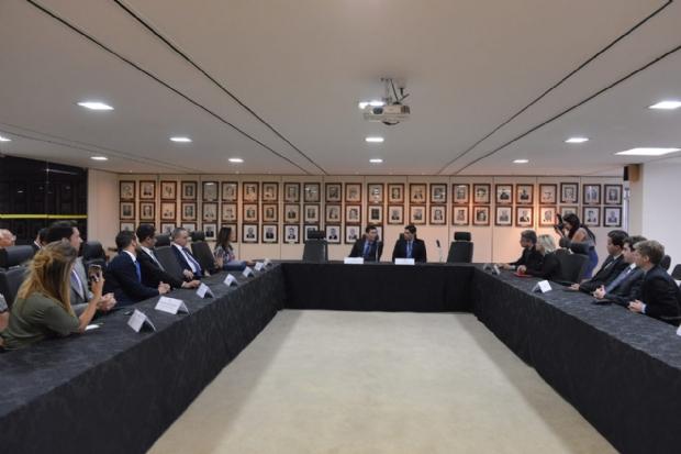 Selma apresenta Frente Parlamentar Ética Contra a Corrupção a ministro Sérgio Moro