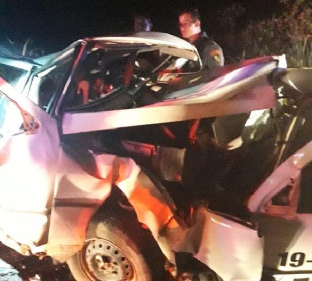 Dois criminosos e casal morrem após colisão entre veículos em meio a roubo de gado na Estrada da Guia
