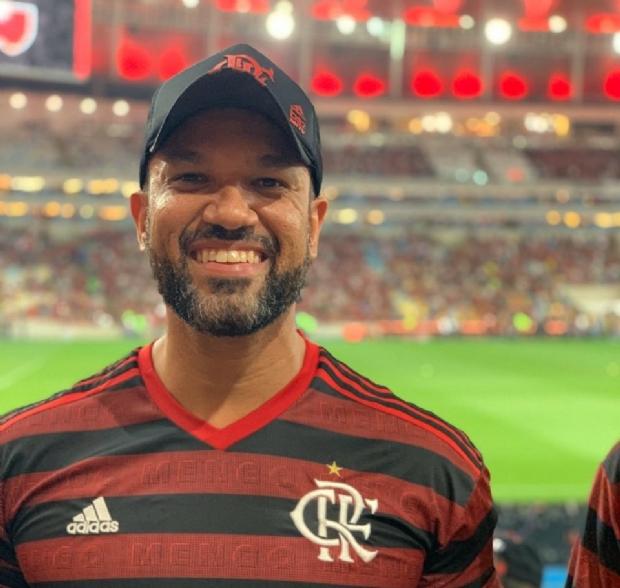 Flamenguista de Mato Grosso perde quase R$ 7 mil e se frustra por não assistir final da Libertadores no estádio