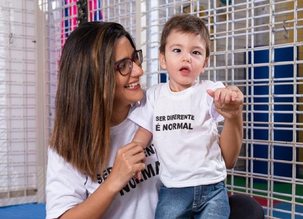 Clínica Vital Kids oferece terapia intensiva com exoesqueleto flexível; veja vídeo