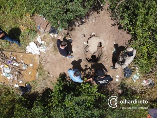 Corpo é encontrado em local que supostas vítimas de salve foram enterradas; veja fotos e vídeos