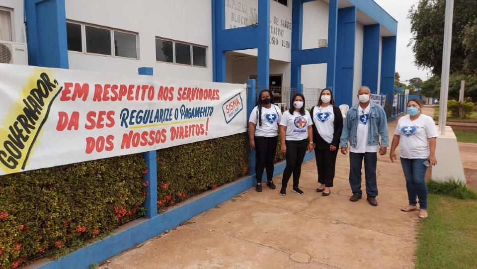 Profissionais do Hospital Regional de Cáceres cobram pagamento de adicionais atrasados; SES nega atraso