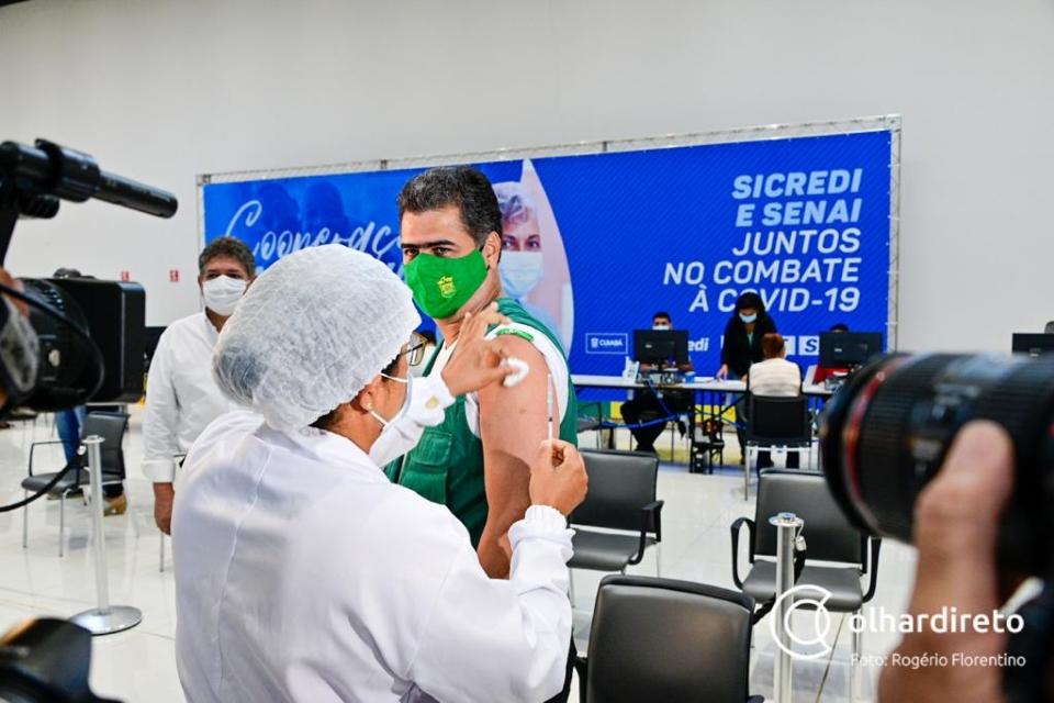 Na fila da vacinação
