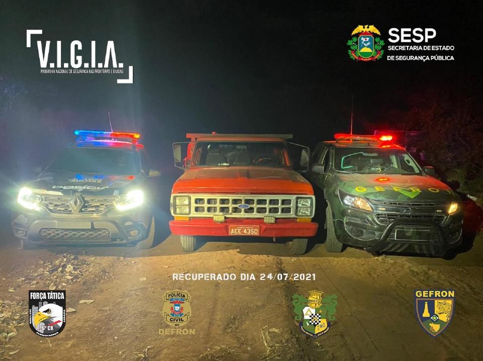 Após roubo com cárcere privado, caminhonete e duas televisões são recuperadas em região de fronteira com a Bolívia