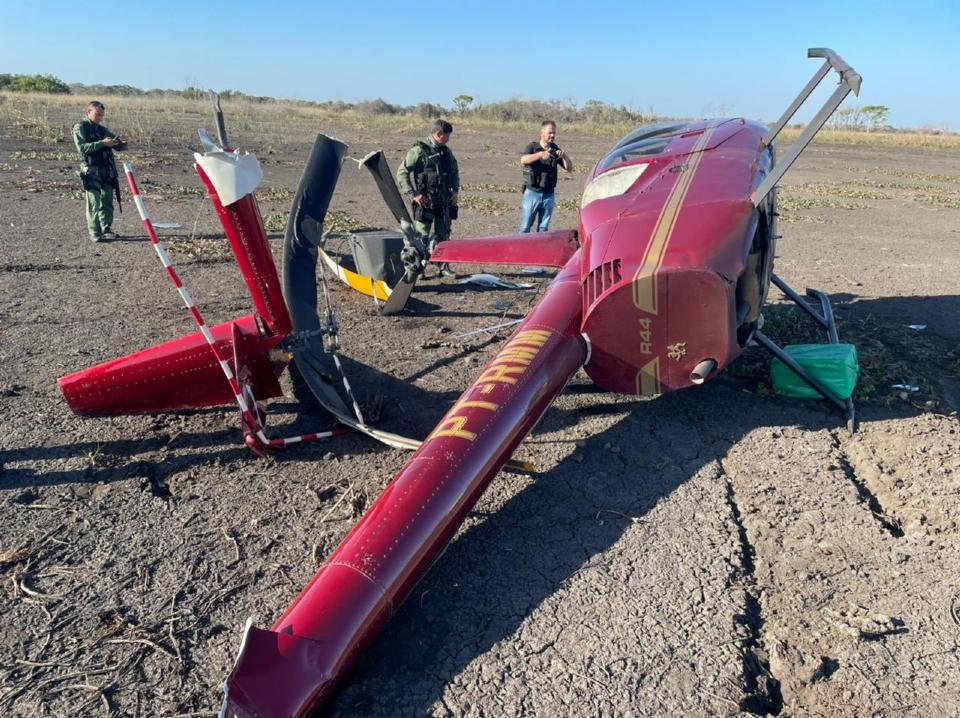 Bombeiro alega ter sido ameaçado e obrigado a transportar quase 300 quilos de cocaína em helicóptero