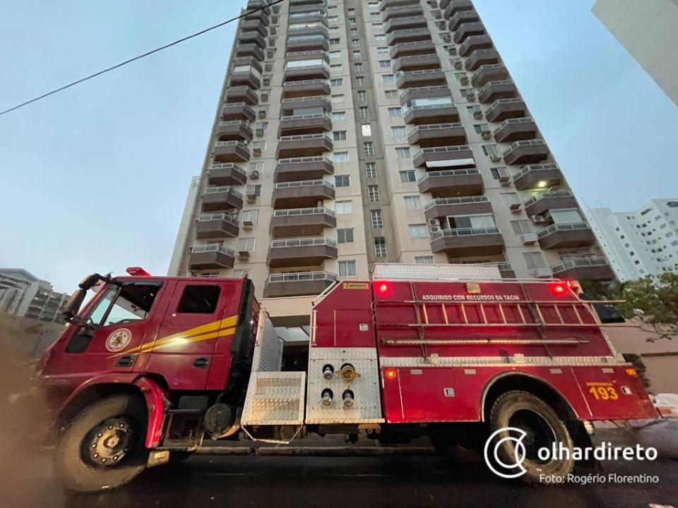 Apartamento tem princípio de incêndio após forte temporal registrado em Cuiabá; veja vídeo