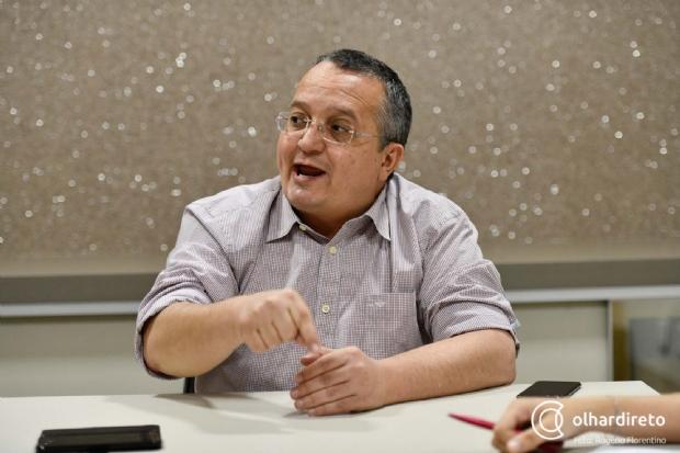 Tem gente que faz o diabo para ganhar eleição, diz Pedro Taques sobre vídeos apócrifos