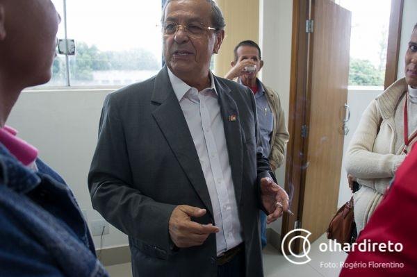 Jayme Campos critica pesquisas, revela traições em campanha e minimiza segundo lugar