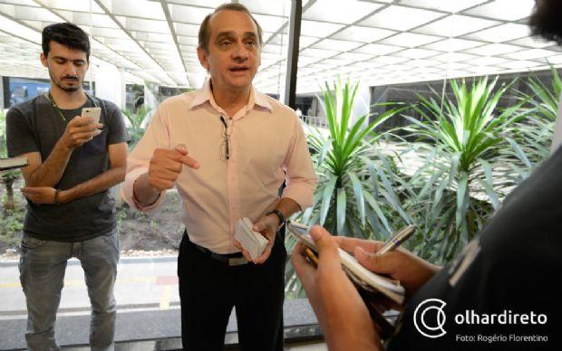 Wilson Santos deixou o Palácio Paiaguás, no final da manhã, após se reunir com governador Pedro Taques