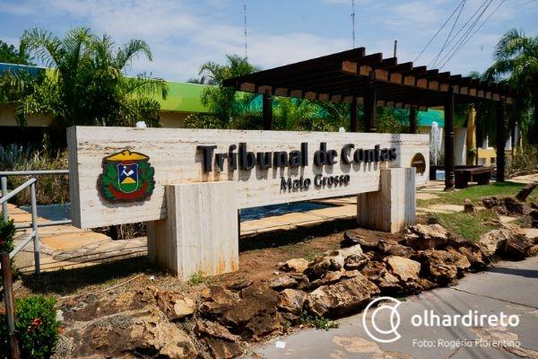 TCE multa secretários por 607 comissionados na Seduc e manda 'racionalizar' contratos