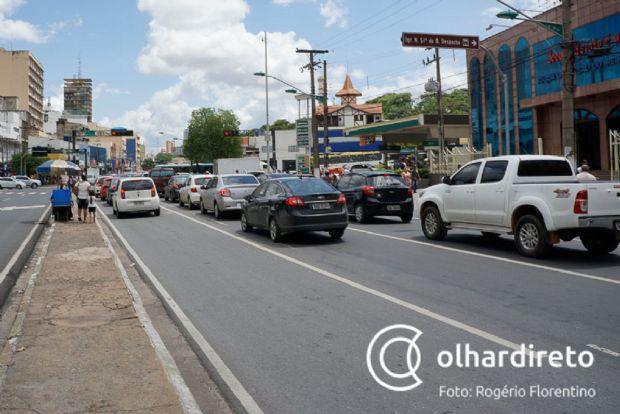 Decreto de Pedro Taques regulamenta lei em que veículos com mais de 18 anos serão isentos de IPVA