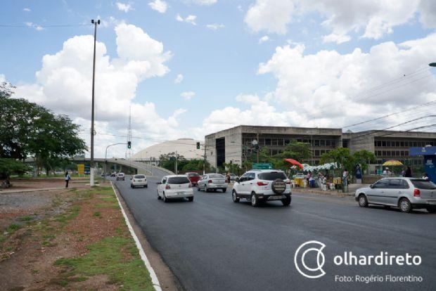 Gestão do estacionamento do Shopping Pantanal é terceirizada e quem paga o pato é o cliente