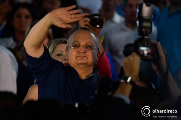 """""""Pode desistir e mudar de lado, não nos interessa"""", afirma Pedro Taques"""