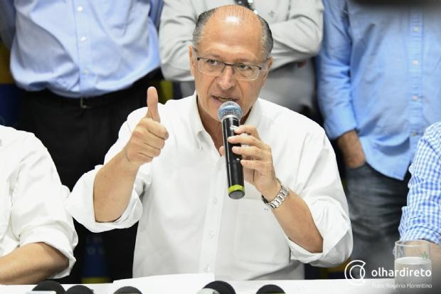 Em Cuiabá, Alckmin defende porte de arma no campo: