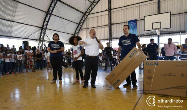 Governo faz mais uma entrega em missão para zerar déficit de ar-condicionado em escolas estaduais