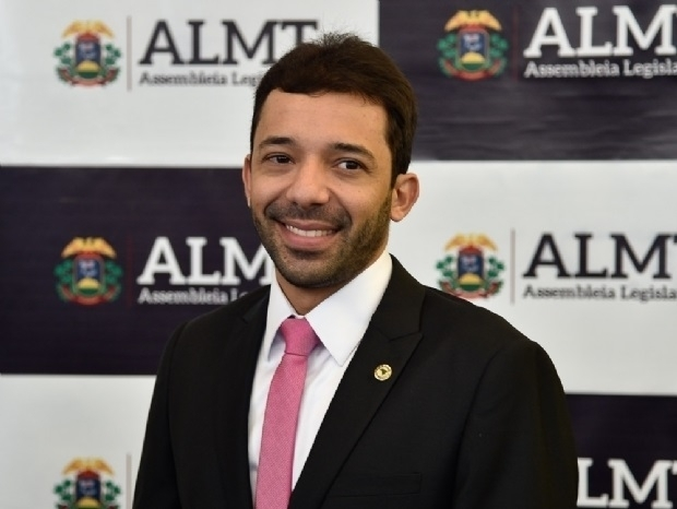 Suplente de deputado, Jajah Neves aumenta patrimônio em mais de 1000% em quatro anos