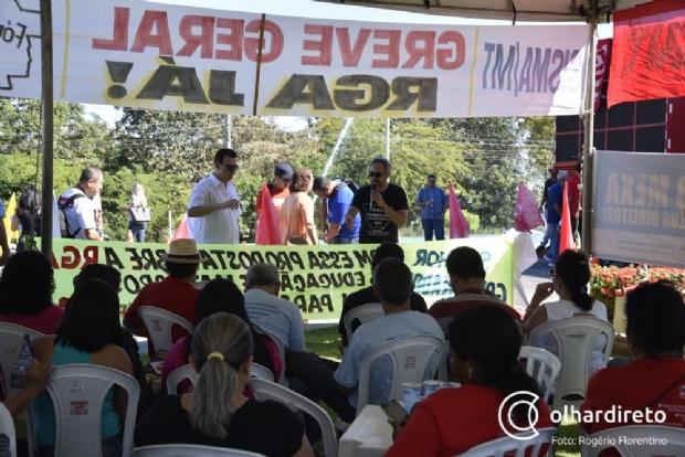 Fórum Sindical acusa inoperância e avalia greve geral no apagar das luzes da gestão Taques