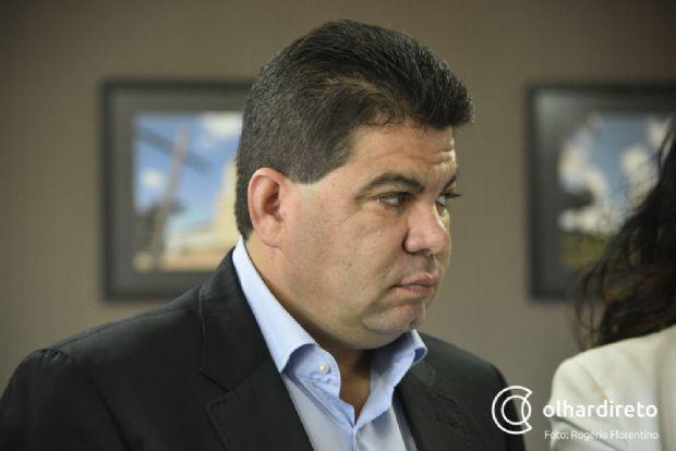 Senador afirma que não adianta criar taxa para saúde se Taques não reduzir a máquina