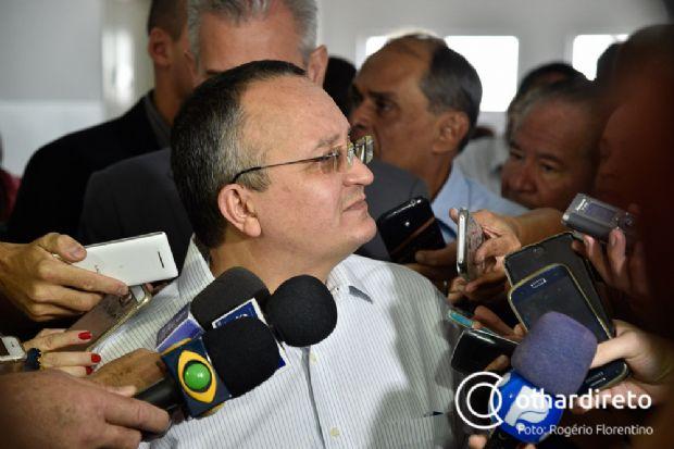 Primeiro defensor da queda de Dilma, Taques afirma que governadores tucanos vão tomar decisão conjunta