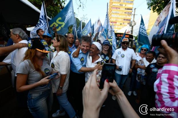 """Arrastado pelo coro de """"já ganhou"""", Mauro Mendes diz que irá pedir votos até o último minuto"""