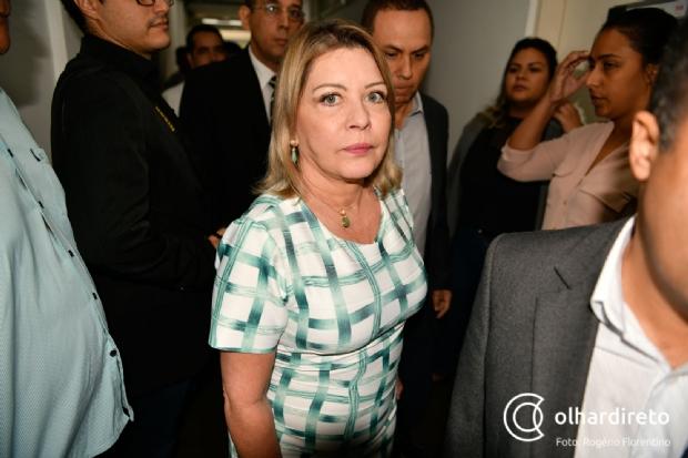 Selma Arruda revela grito de filho de Bolsonaro em nova pressão para retirar assinatura da CPI da Lava Toga