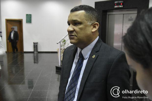 """Silvano afirma que Silval colocou todos """"dentro de furacão"""" para justificar desvios"""