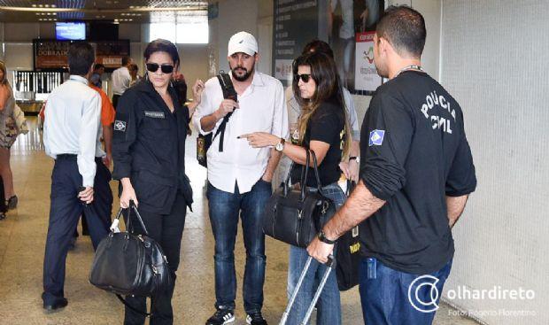 Empresário acusado de integrar esquema de R$ 8 milhões chega a Cuiabá e segue para a prisão;  vídeo e fotos