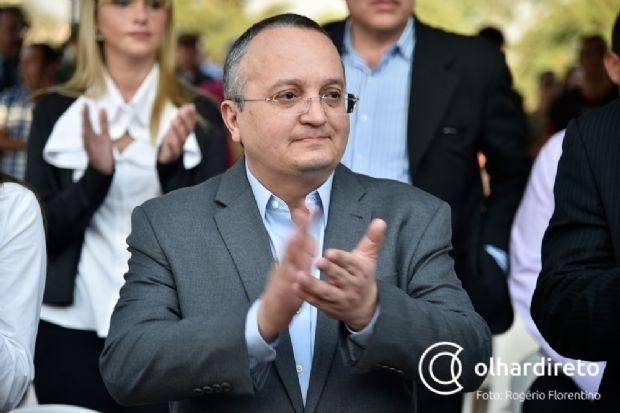 Deputados derrubam parecer de Janaína e aprovam contas do governo Pedro Taques