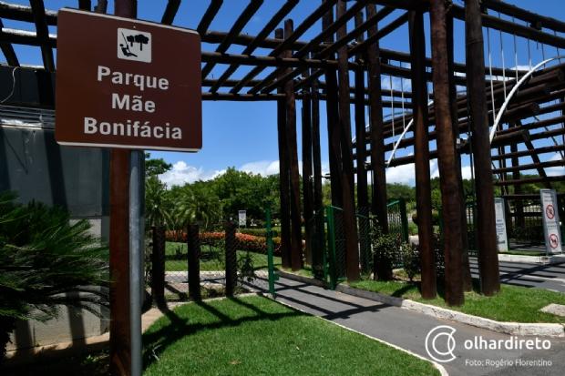 Macacos do Parque Mãe Bonifácia foram mortos por herpes transmitida por humanos
