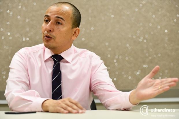 Atrás de Jayme em pesquisas, Procurador Mauro investe em eleitores de VG